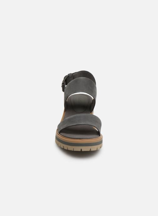 Sandalias Timberland Violet Marsh 2-Band Sandal Gris vista del modelo