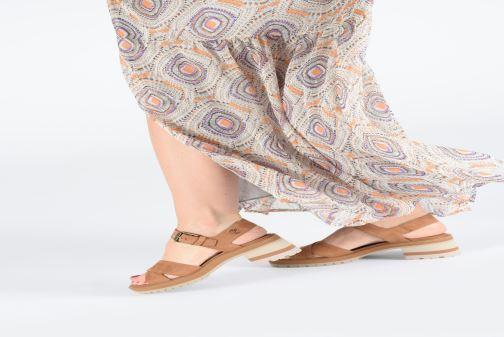 Sandales et nu-pieds Timberland Violet Marsh Cross Band Sandal Marron vue bas / vue portée sac