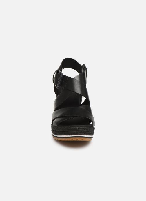 Sandalias Timberland Nice Coast Ankle Strap Negro vista del modelo
