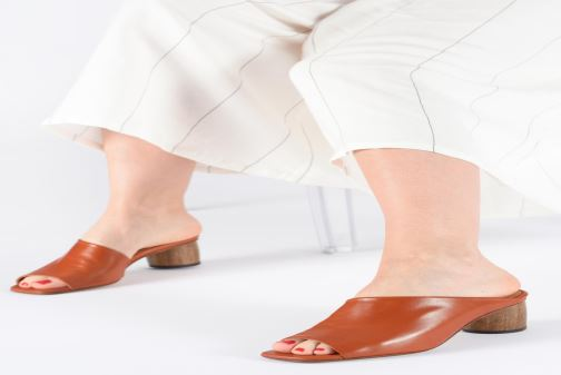 Mules & clogs Miista ALBARCA Orange view from underneath / model view