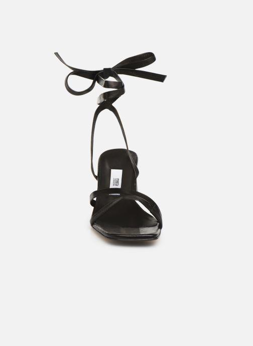 Sandales et nu-pieds Miista QUIMA Noir vue portées chaussures