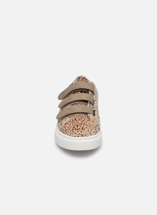 Baskets Vanessa Wu BK1820 Beige vue portées chaussures