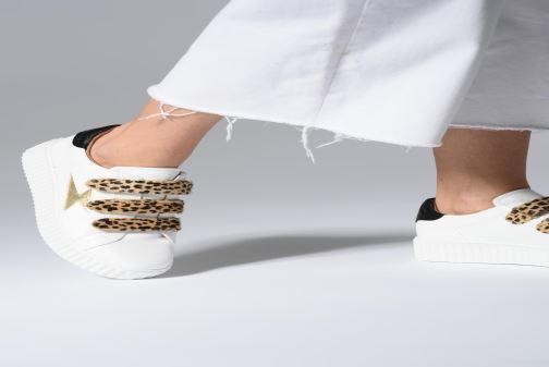 Sneakers Vanessa Wu BK1894 Wit onder