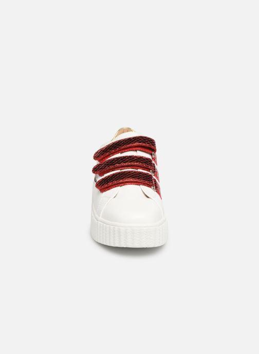 Baskets Vanessa Wu BK1894 Blanc vue portées chaussures
