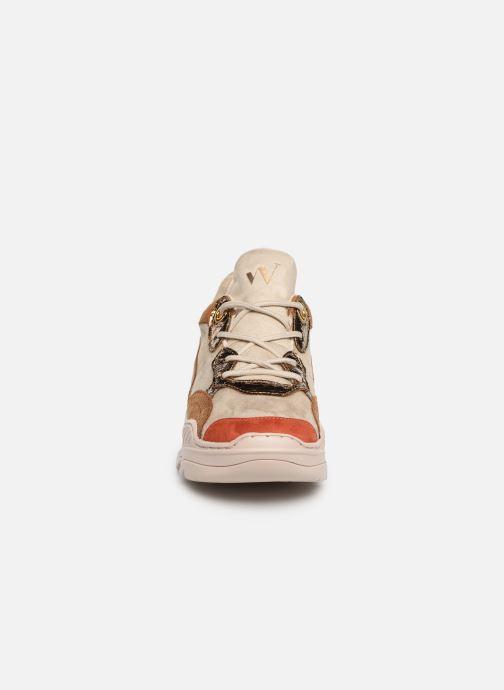 Baskets Vanessa Wu BK1976 Beige vue portées chaussures