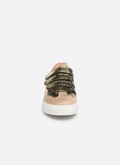 Baskets Vanessa Wu BK1978 Or et bronze vue portées chaussures