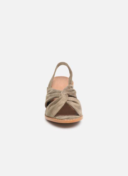 Sandales et nu-pieds Vanessa Wu SD1700 Vert vue portées chaussures