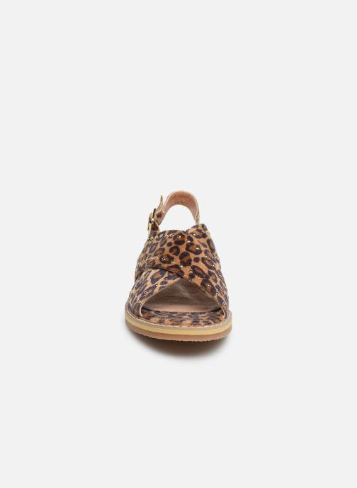 Sandales et nu-pieds Vanessa Wu SD1898 Marron vue portées chaussures