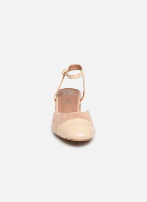 Sandales et nu-pieds Vanessa Wu SD1906 Beige vue portées chaussures