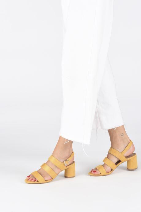 Sandales et nu-pieds Vanessa Wu SD1948 Jaune vue bas / vue portée sac
