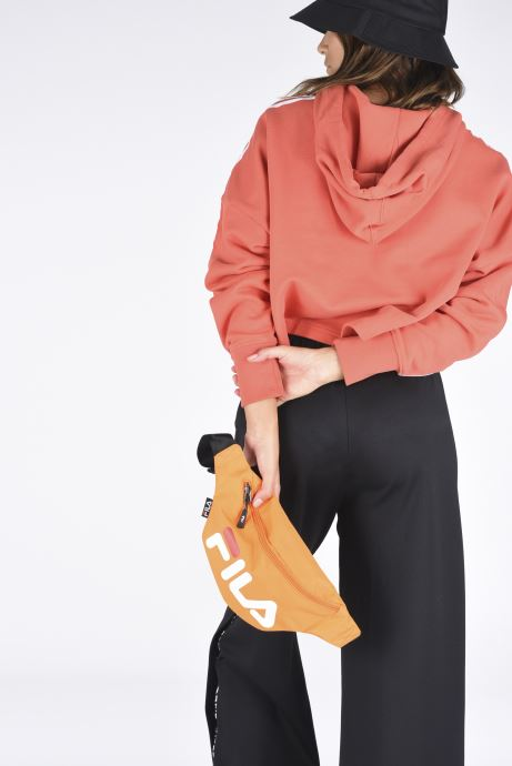 Handtaschen FILA Waist Bag Slim orange ansicht von unten / tasche getragen
