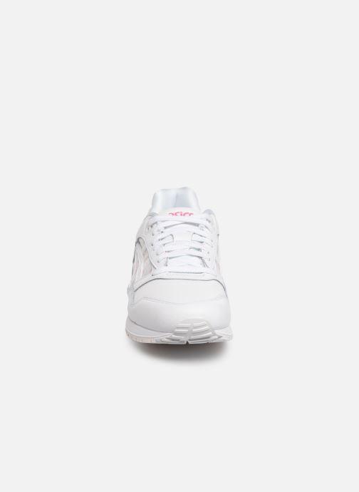 Baskets Asics Gelsaga Sakura Blanc vue portées chaussures