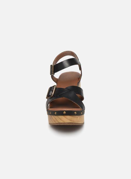 Sandali e scarpe aperte P-L-D-M By Palladium Zillion Nero modello indossato