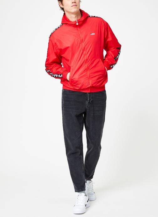 Vêtements FILA Tacey Tape Wind Jacket Rouge vue bas / vue portée sac