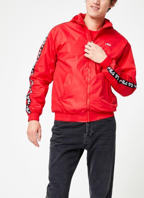 Vêtements FILA Tacey Tape Wind Jacket Rouge vue droite