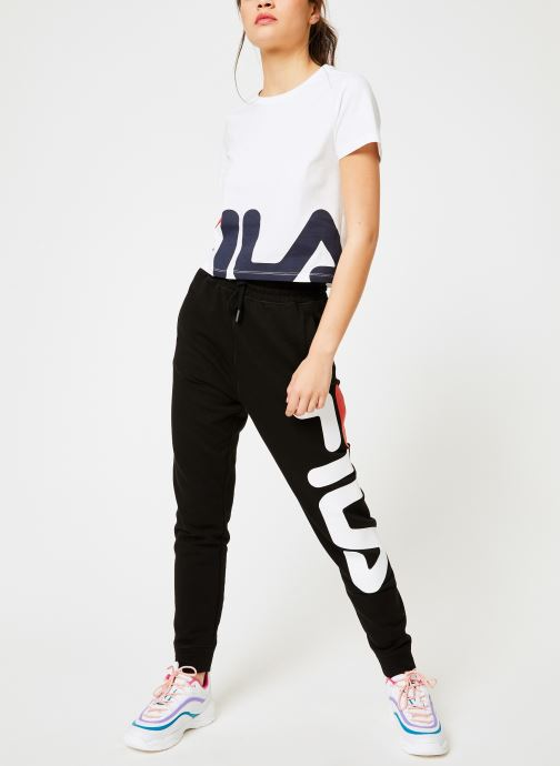 Vêtements FILA Early Cropped Tee Blanc vue bas / vue portée sac