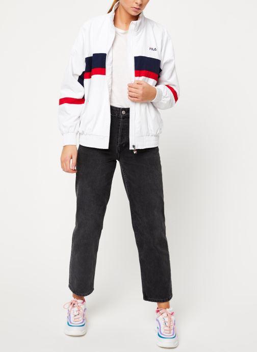 Vêtements FILA Kaya Wind Jacket Blanc vue bas / vue portée sac