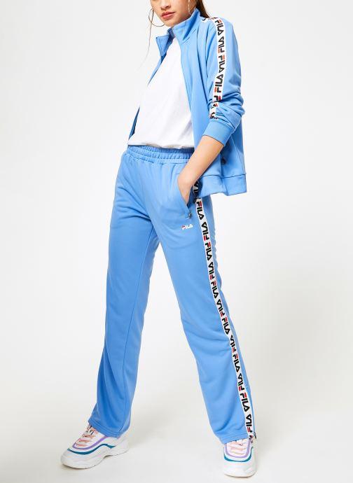 Vêtements FILA Thora Track Pants Bleu vue bas / vue portée sac