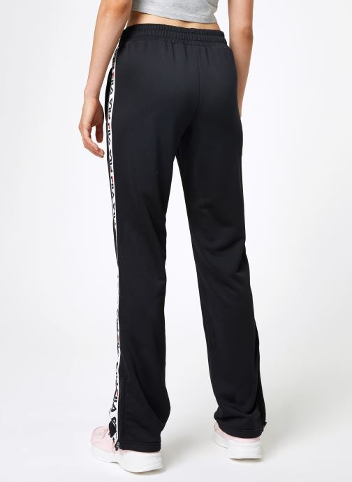 Vêtements FILA Thora Track Pants Noir vue portées chaussures