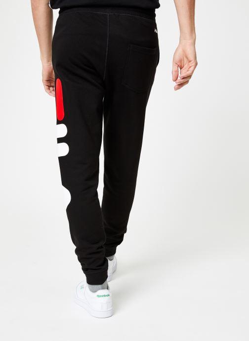 Vêtements FILA Pure Basic Pants Homme Noir vue portées chaussures