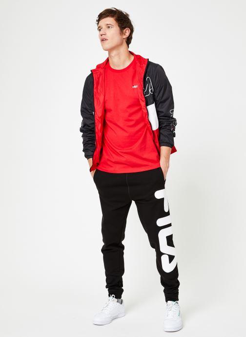 Vêtements FILA HUGO Trackjacket Multicolore vue bas / vue portée sac