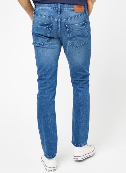 Tøj Tommy Jeans SLIM SCANTON BEMB Blå se skoene på