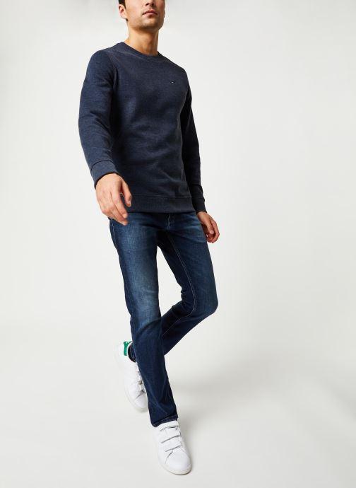 Vêtements Tommy Jeans TJM ORIGINAL SWEATSHIRT Bleu vue bas / vue portée sac