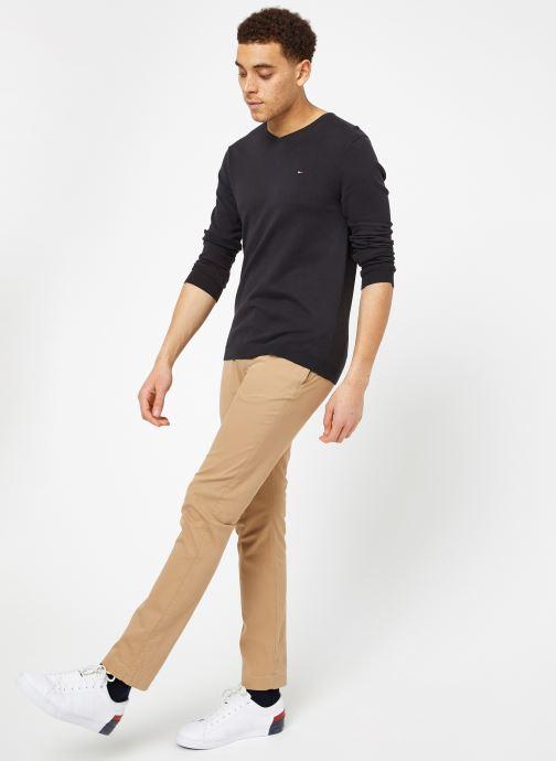 Vêtements Tommy Jeans TJM ORIGINAL V NECK SWEATER Noir vue bas / vue portée sac