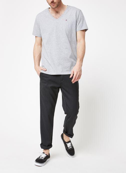 Kleding Tommy Jeans TJM ORIGINAL JERSEY V NECK TEE Grijs onder