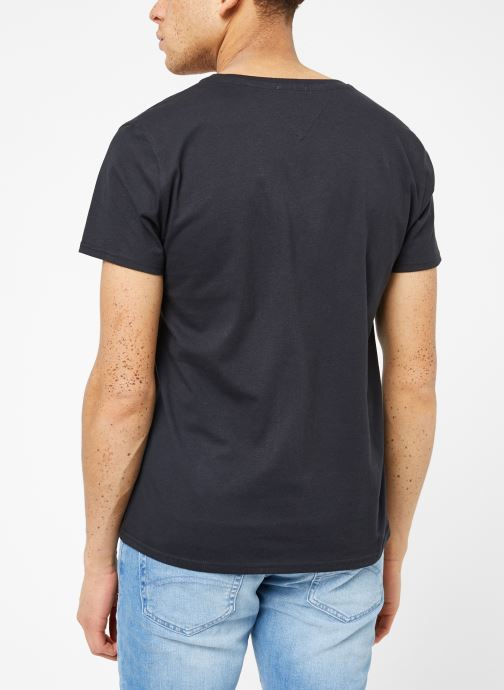 Kleding Tommy Jeans TJM ORIGINAL JERSEY V NECK TEE Zwart model