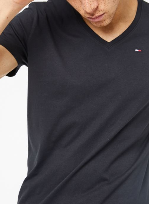 Vêtements Tommy Jeans TJM ORIGINAL JERSEY V NECK TEE Noir vue détail/paire