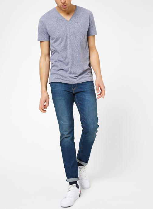 Vêtements Tommy Jeans TJM ORIGINAL TRIBLEND V NECK TEE Bleu vue bas / vue portée sac