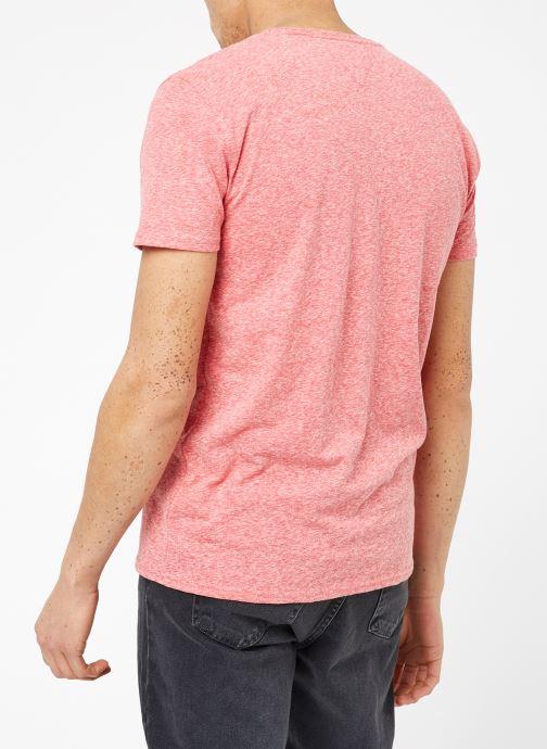 Kleding Tommy Jeans TJM ORIGINAL TRIBLEND V NECK TEE Roze model