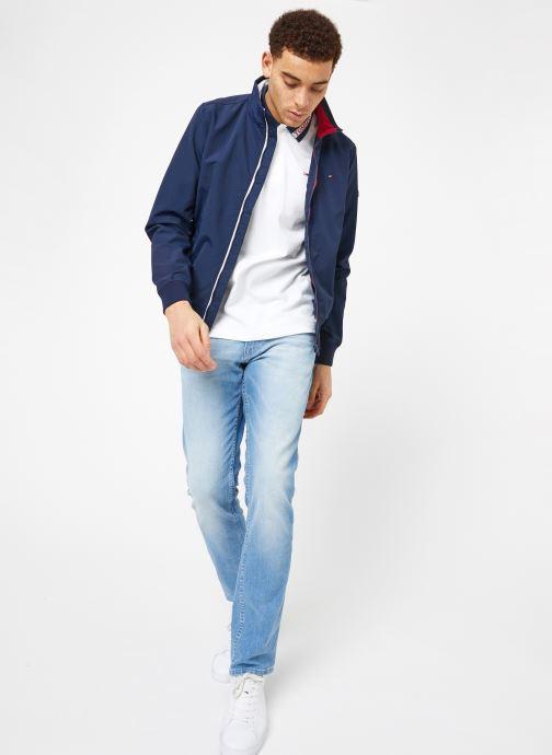 Vêtements Tommy Jeans TJM ESSENTIAL CASUAL BOMBER Bleu vue bas / vue portée sac