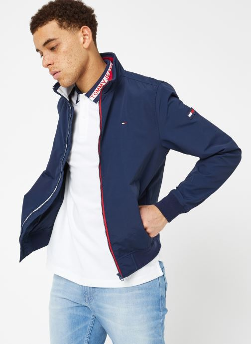 Ropa Tommy Jeans TJM ESSENTIAL CASUAL BOMBER Azul vista lateral derecha