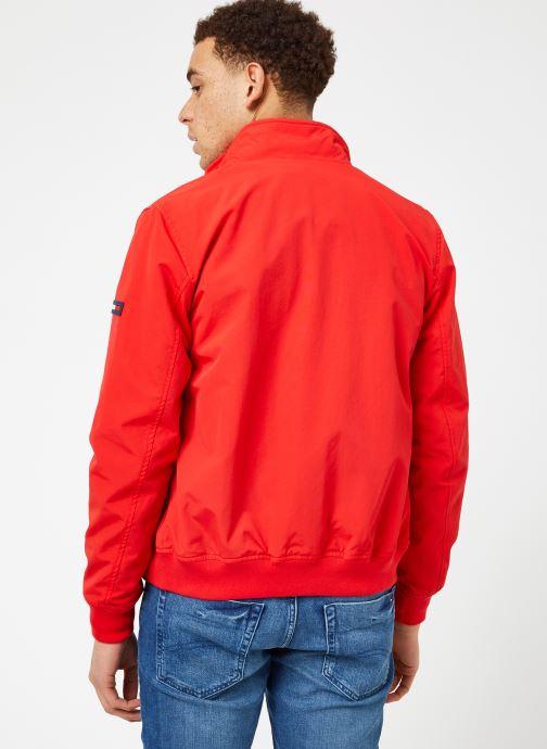 Tøj Tommy Jeans TJM ESSENTIAL CASUAL BOMBER Rød se skoene på