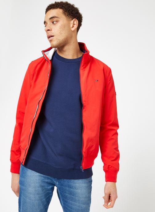 Tøj Tommy Jeans TJM ESSENTIAL CASUAL BOMBER Rød Se fra højre