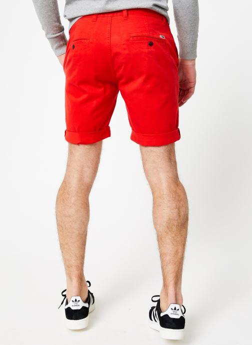 Vêtements Tommy Jeans TJM ESSENTIAL CHINO SHORT Rouge vue portées chaussures