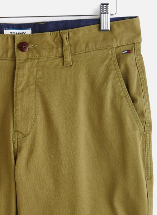 Vêtements Tommy Jeans TJM ESSENTIAL CHINO SHORT Vert vue portées chaussures