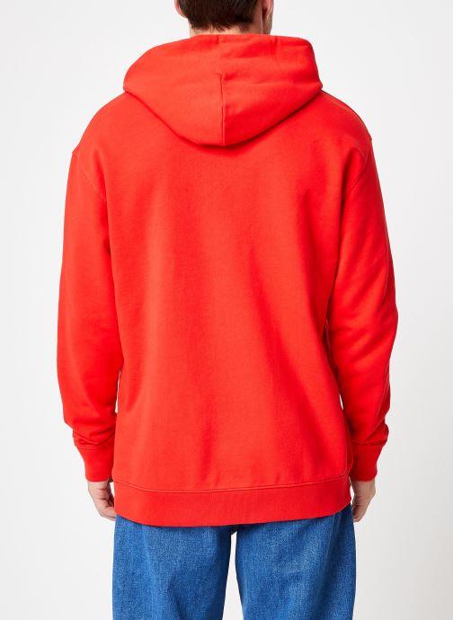 Vêtements Tommy Jeans TJM TOMMY CLASSICS HOODIE Rouge vue portées chaussures