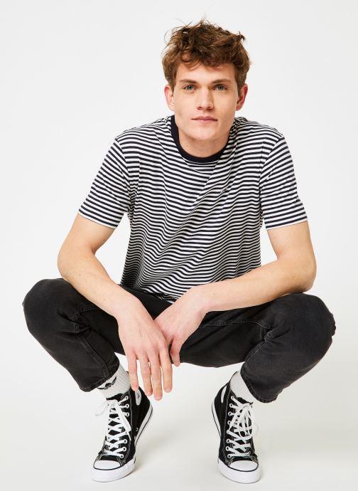 Vêtements Tommy Jeans TJM TOMMY CLASSICS STRIPE TEE Bleu vue bas / vue portée sac
