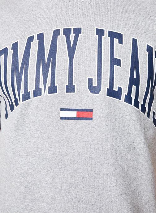 Tøj Tommy Jeans TJM COLLEGIATE LOGO TEE Grå se forfra