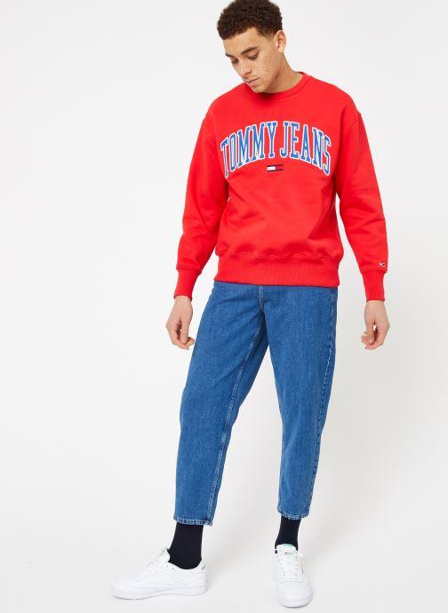 Tøj Tommy Jeans TJM CLEAN COLLEGIATE CREW Rød se forneden