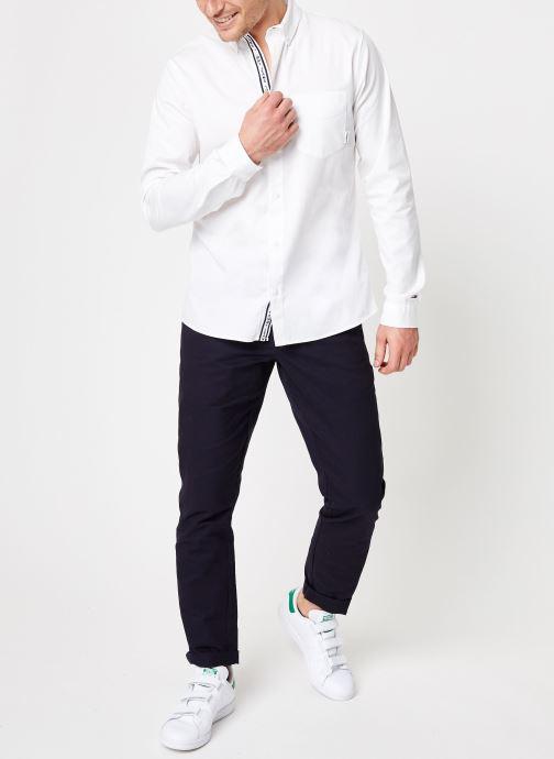 Vêtements Tommy Jeans TJM SOLID TWILL SHIRT Blanc vue bas / vue portée sac
