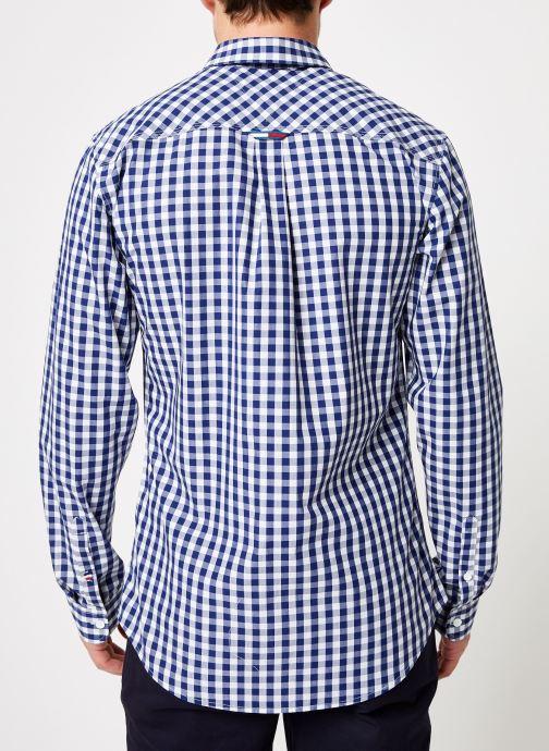 Vêtements Tommy Jeans TJM GINGHAM SHIRT Bleu vue portées chaussures