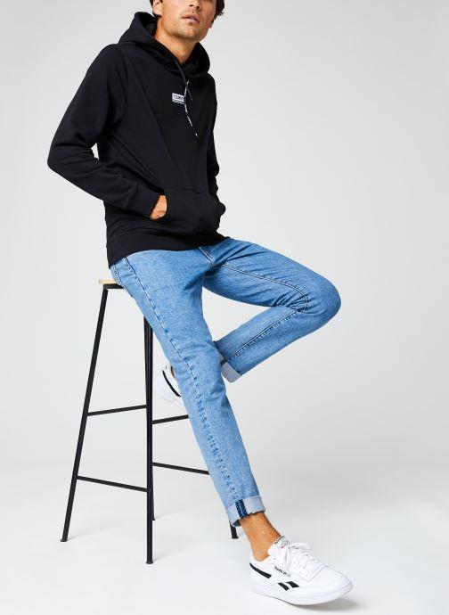 Vêtements Tommy Jeans TJM ESSENTIAL GRAPHIC HOODIE Noir vue bas / vue portée sac