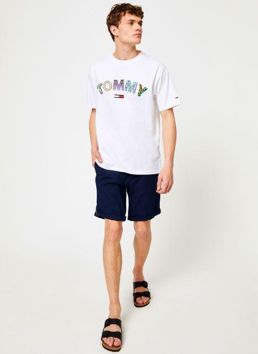 Vêtements Tommy Jeans TJM RETRO GEO TEE Blanc vue bas / vue portée sac