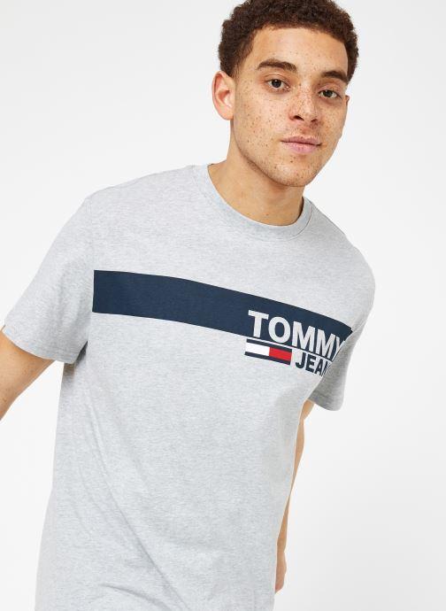 Vêtements Tommy Jeans TJM ESSENTIAL BOX LOGO TEE Gris vue détail/paire