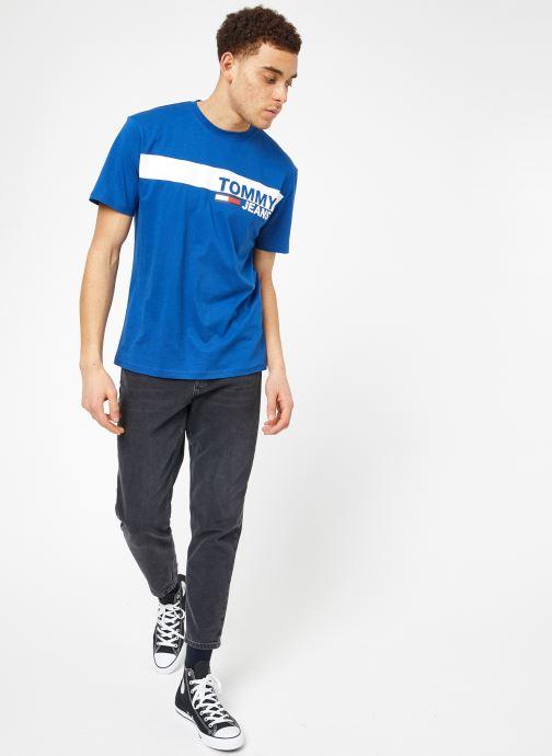 Vêtements Tommy Jeans TJM ESSENTIAL BOX LOGO TEE Bleu vue bas / vue portée sac