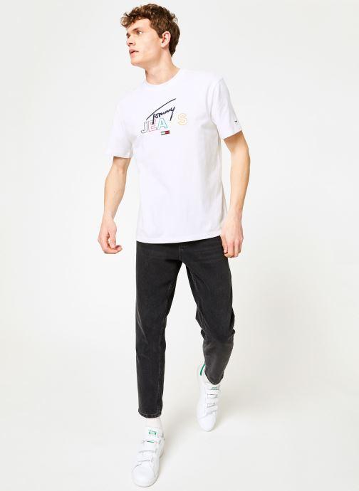 Vêtements Tommy Jeans TJM TOMMY SCRIPT TEE Blanc vue bas / vue portée sac